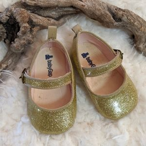Baby Gap gold sparkling Mary Jane's 6-12 months